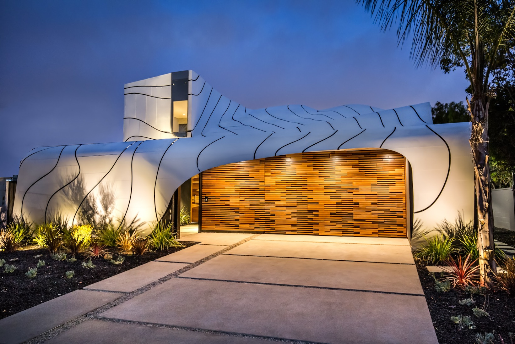 The Wave House, Venice-California